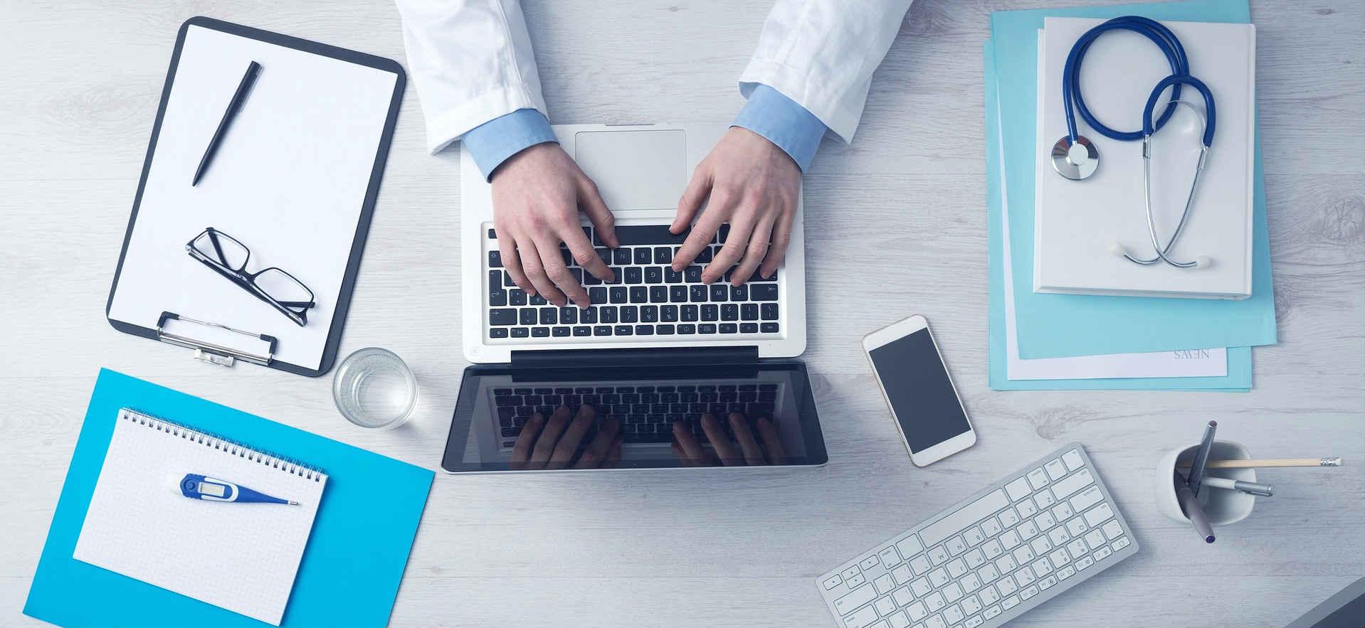 orvos és adminisztratív kellékek