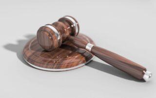 bírói-kalapács